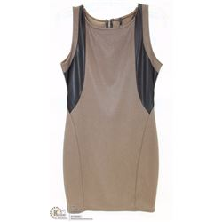 SIZE MEDIUM BROWN WITH LEATHERETTE ACCENT