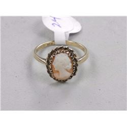 10kt Gold Estate Cameo Ring.