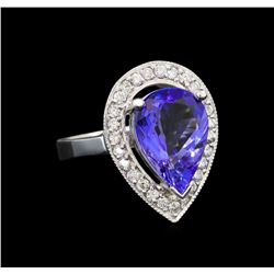 14KT White Gold 5.00 ctw Tanzanite and Diamond Ring