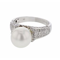 18KT White Gold 8.44ct Pearl and Diamond Ring