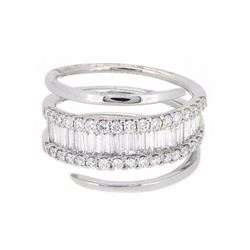 18KT White Gold 1.01ctw Diamond Ring