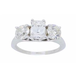 14KT White Gold 1.85ctw Diamond Ring