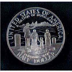 ½ Dollar Statue of Liberty US Coin KM-212