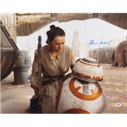 "Daisy Ridley Signed ""Star Wars: The Force Awakens"" 16x20 Photo (PSA COA)"