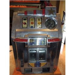 Antique Casino Slot Machine $1500 to $2500