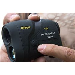 Monarch 7i VR Rangefinder by Nikon