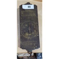 ANTIQUE SPRING BALANCE SCALE