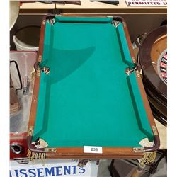 MINIATURE TABLE TOP POOL TABLE