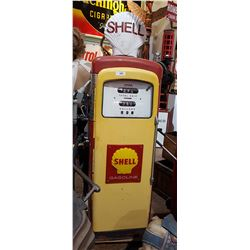 1950'S WAYNE GAS PUMP