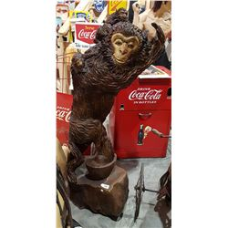 HIGHLY CARVED WOOD MONKEY FAMILY STATUE