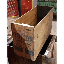 VINTAGE TRITON MOTOR OIL WOODEN CRATE