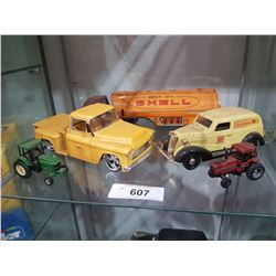 SHELF LOT 5 MISC DIE CAST VEHICLES