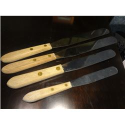 4 Bakers Knives