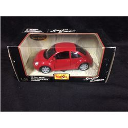 SPECIAL EDITION MAISTO VOLKSWAGEN NEW BEETLE (1:25 DIE-CAST METAL) IN BOX
