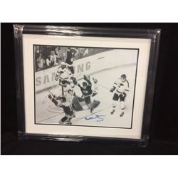 "SPECIAL EDITION SAMSUNG AD BOBBY ORR AUTOGRAPHED 20"" X 24"" FRAMED BLACK & WHITE PHOTO"