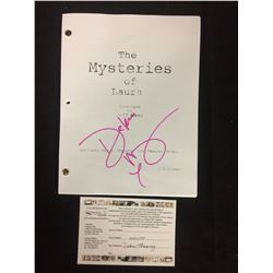 "DEBRA MESSING AUTOGRAPHED ""THE MYSTERIES OF LAURA"" NBC TV SERIES SCRIPT"