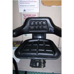 BLACK TRACTOR SEAT