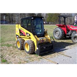 CAT 226B3 SKID STEER, CAB  AIR, HOURS SHOWING: 451, SELLS W/ NO ATTACHMENTS, S: CATD226BLMWD073