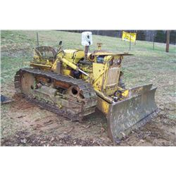 INTERNATIONAL INDUSTRIAL DOZER SALVAGE