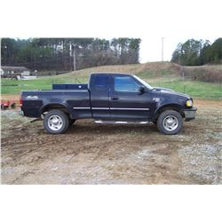 1997 F150 EXTENDED CAB TRUCK, MILES SHOWING: 240,089, AUTOMATIC TRANS, 4WD, TRITON V8 VIN: 1FTRX18LX