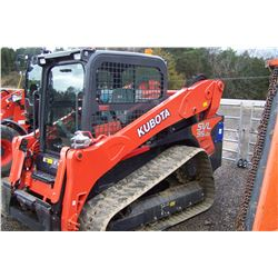 2017 KUBOTA SVL 95-2S SKID STEER 130 HRS SHOWING S/N 36014