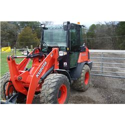 2017 KUBOTA R630 LOADER 427.5 HRS SHOWING S/N 10362