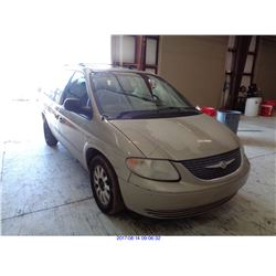2002 - CHRYSLER TOWN AND COUNTRY