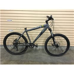BLACK NORCO BIGFOOT FRONT SUSPENSION MOUNTAIN BIKE WITH FRONT AND REAR HYDRAULIC DISK BRAKES