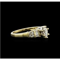 0.79 ctw Diamond Ring - 14KT Yellow Gold