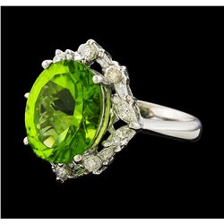 5.89 ctw Peridot and Diamond Ring - Platinum