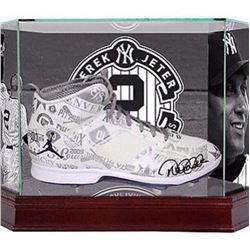 Derek Jeter Signed LE Yankees Official 2014 All-Star Cleat With Custom Retirement High-Quality Displ