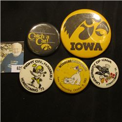 (5) Different 1970-80 Hawkeye Homecoming Pin-backs.