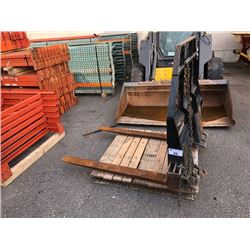 SKID STEER FORKLIFT ATTACHMENT