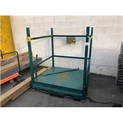 SAFETY FORKLIFT MAN CAGE