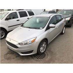 2017 FORD FOCUS SE HATCHBACK, SILVER, GAS, AUTOMATIC, VIN#1FADP3K23HL334939, 497KMS,