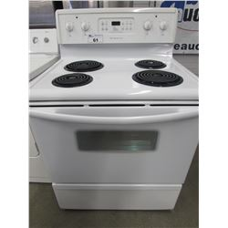 "WHITE FRIGIDAIRE 4 BURNER STOVE WITH SELF CLEANING (30""W X 28.5""D X 47.5""H)"