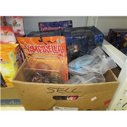 DRACULA/2 VAMPIRELLA FIGURINES/BUFFY THE VAMPIRE SLAYER MASTER & ANGEL FIGURINES/BAGS OF ASSORTED