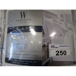 WAMSUTTA FULL QUEEN COMFORTER SET
