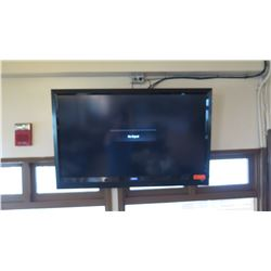 Large Vizio Flat Screen TV w/Wall Mounting Hardware