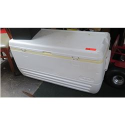 Large Ice Chest/Cooler
