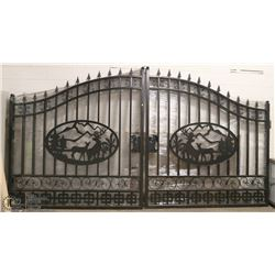 SET OF NEW 14' DEER SCENE ACREAGE GATES