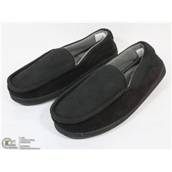 NEW GOLD COAST MENS SLIPPERS SIZE SMALL