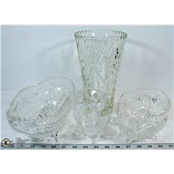 VINTAGE SET OF 4 CRYSTAL FOOTED/CUT