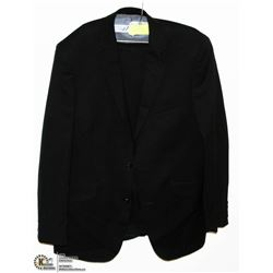 SUIT WITH SIZE 40R JACKET AND 34R PANTS