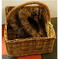 EXTRA LARGE WICKER BASKET WITH HANDLE AND 2