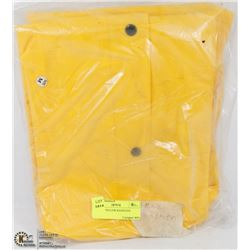 MEDIUM YELLOW RAINSUIT