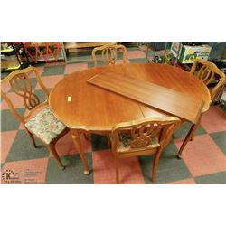 FRENCH PROVINCIAL TABLE AND 4 CHAIRS