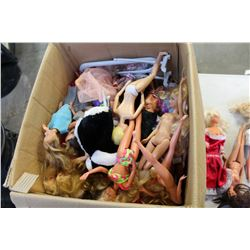 BOX OF VARIOUS BARBIES AND ACCESSORIES