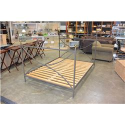 QUEENSIZE METAL BEDFRAME