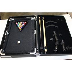 MINI POOL TABLE SET